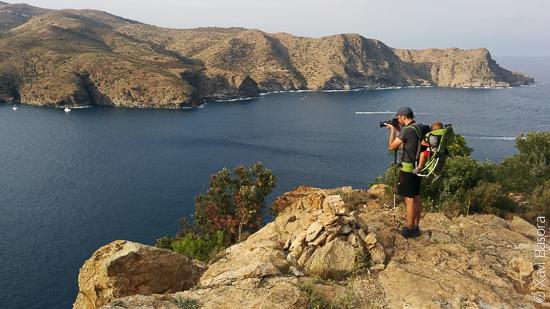Fent ecoturisme al cap Norfeu, en ple Parc Natural del Cap de Creus.
