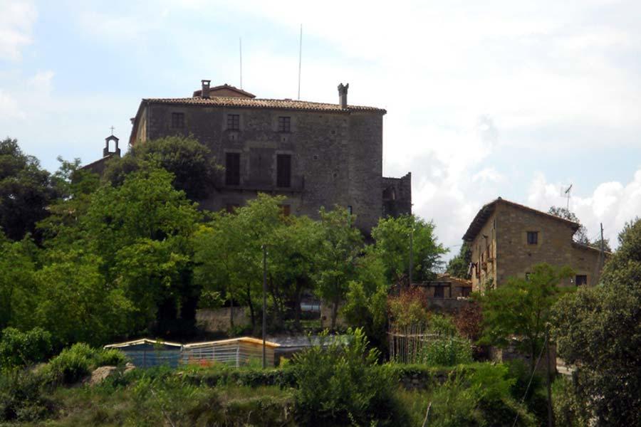Castell de Savassona i Sant Pere